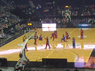 GDU Dances at Harlem Globetrotters Game!